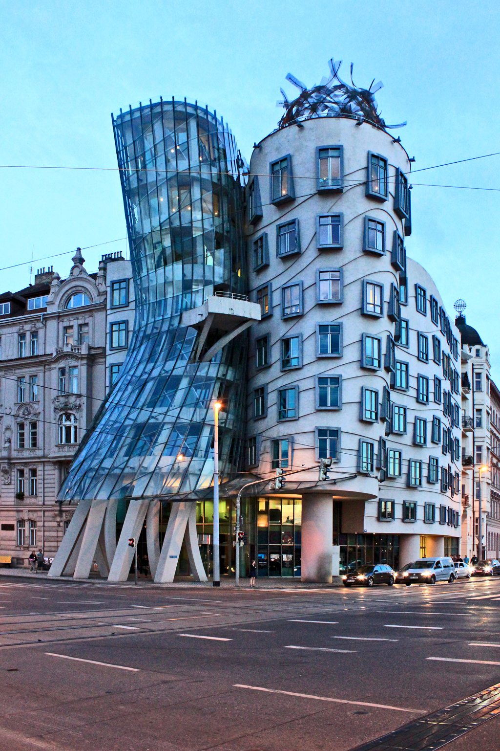 Dancing House; Prague, Czech Republic – Civic Arts Project